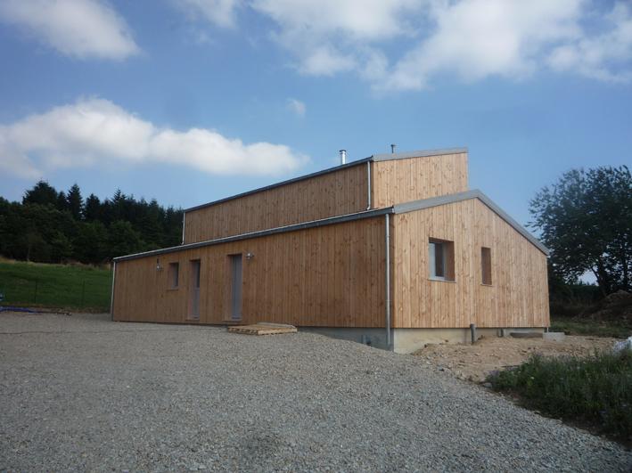 Maison en p klg architecte for Construire une maison sur un terrain agricole